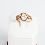 Brown Diamond (0.60ct) and Diamond ring, 14kt rose gold